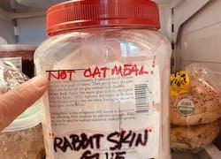 Rabbit Skin Glue