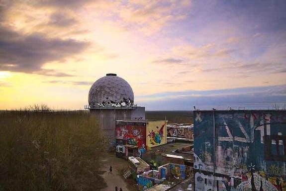 On Google Arts & Culture to discover the Berlin underground art scene.